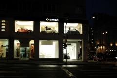 02-night-street-facade