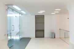 04-1st-floor-meeting-entrance